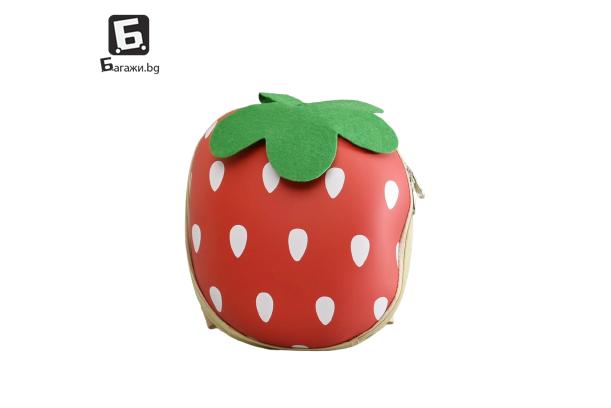 Детска 3Д раничка ягодка КОД: 31580