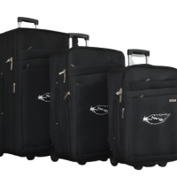 Черен олекотен куфар в 3 размера код: 42-3