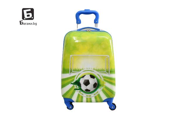 Детски куфар с четири колела футбол код: 31800