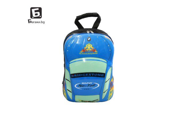 Детска раничка от поликарбон с формата на количка