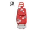 Червена пазарска количка