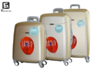 Твърди куфари в три размера - злато код: 8093