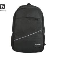 Черна раница с изход за USB кабел код: 31590